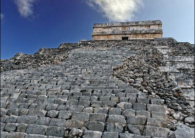 Mayan Pyramid 4008